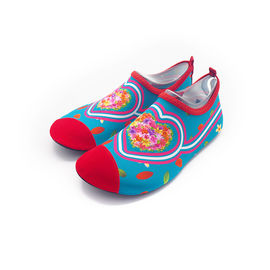 Barefoot Aqua Socks Water Skin Shoes Customized Red Heart Quick - Suszenie
